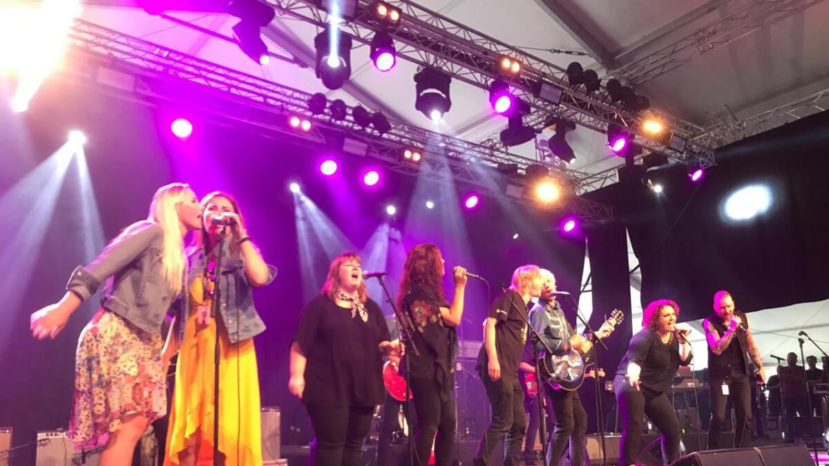 Bluestown Outlaws sto for en forrykende åpning av Notodden Bluesfestival 2019.