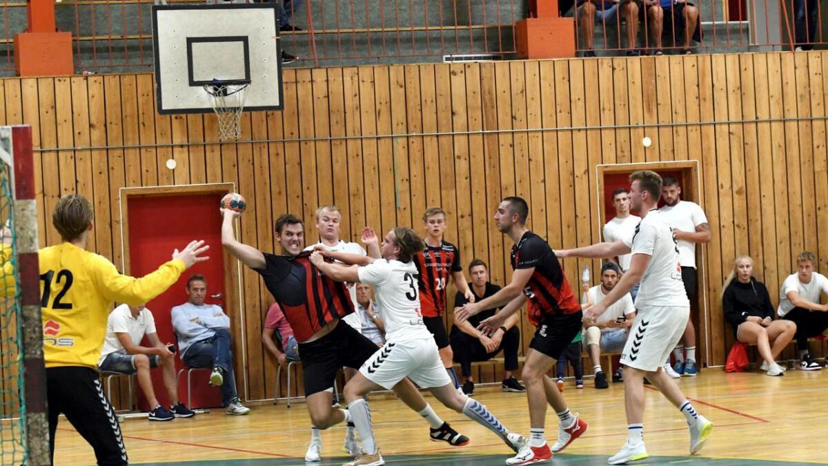 Det lyste innsats av nykommeren Kristian Rammel i hans ØIF-debut etter overgangen fra dansk håndball.