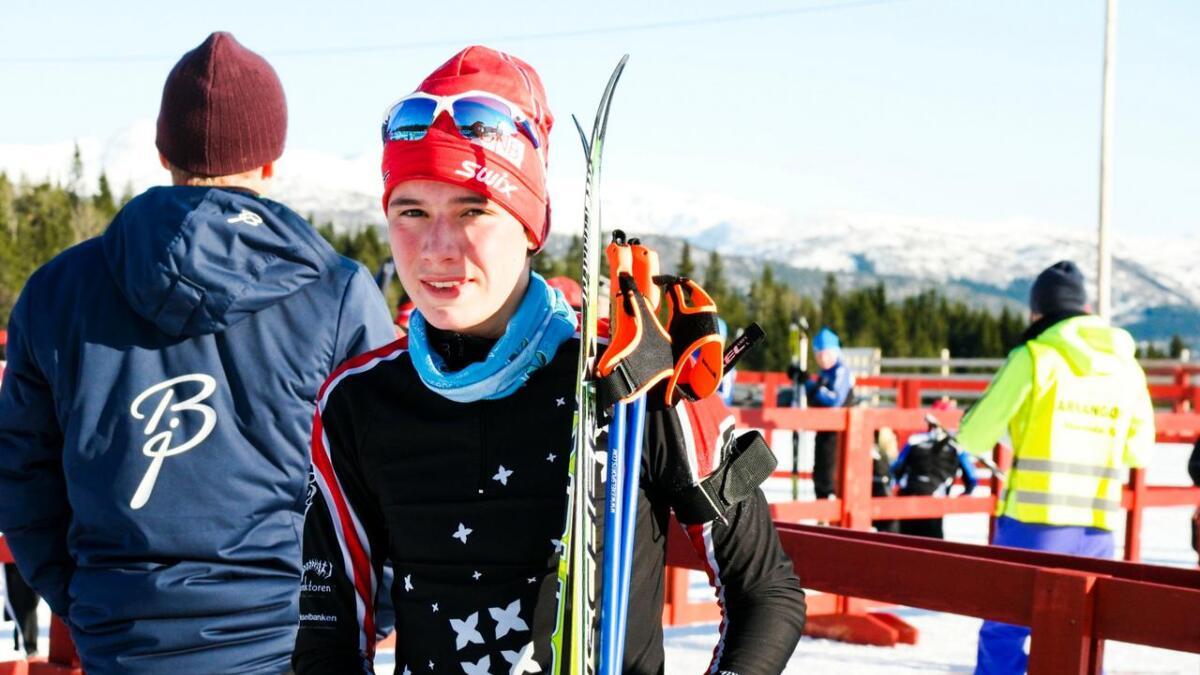 Med god skyting og raske ski gjekk Bjørnar Fosse Vaksdal til topps i 14-årsklassen i skiskyting laurdag.