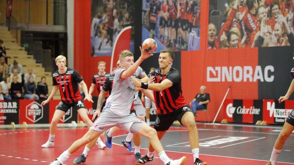 Kristian Rammel og ØIF Arendal fikk nok en blytung kveld på håndballbanen da de søndag møtte Bækkelaget borte.