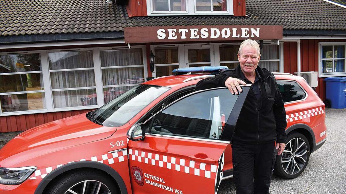 Olav Nese i Setesdal brannvesen IKS ber folk som ser mykje blåljos på Bygland torsdag om å ta det med ro, det er berre ei øving! Brannvesenet skal teste ut ulikt utstyr og til slutt sette full fyr på det gamle posthuset.