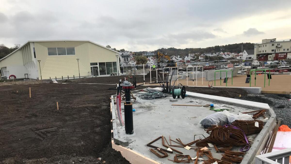 Klagenemnda for offentlige anskaffelser mener Grimstad kommune på ett av fire innklagede punkter brøt anskaffelsesregelverket i forbindelse med den nye byparken.