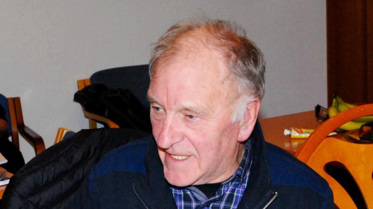 Bjørn Hegstad (V) tar atter en gang opp spørsmålet om mulighet for permanent vannledning helt frem til Øksneshamn. (Arkiv