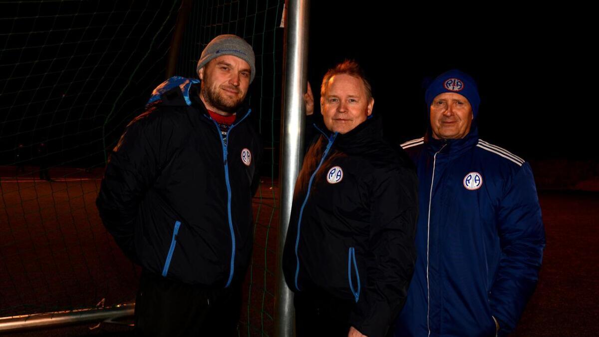 R&Å-trener Per Arne Nyjordet (t.v.), her med Reino Autio og BJørn Støkker, er godt fornøyd med sesongstarten.