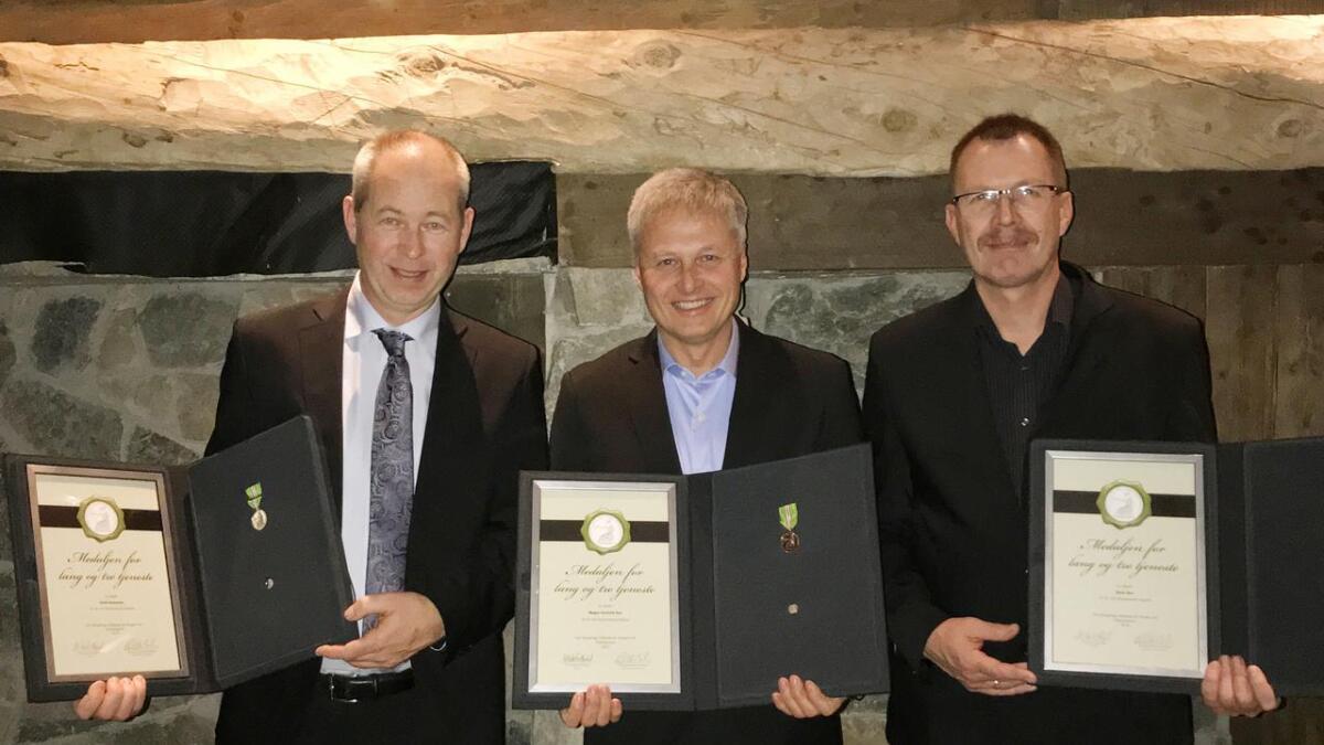 Arild Andersen har vore på Funnemark i 31 år, Magne Gunleik Rue i 33 år (tildelt 2015) og Hans Rue i 31 år.