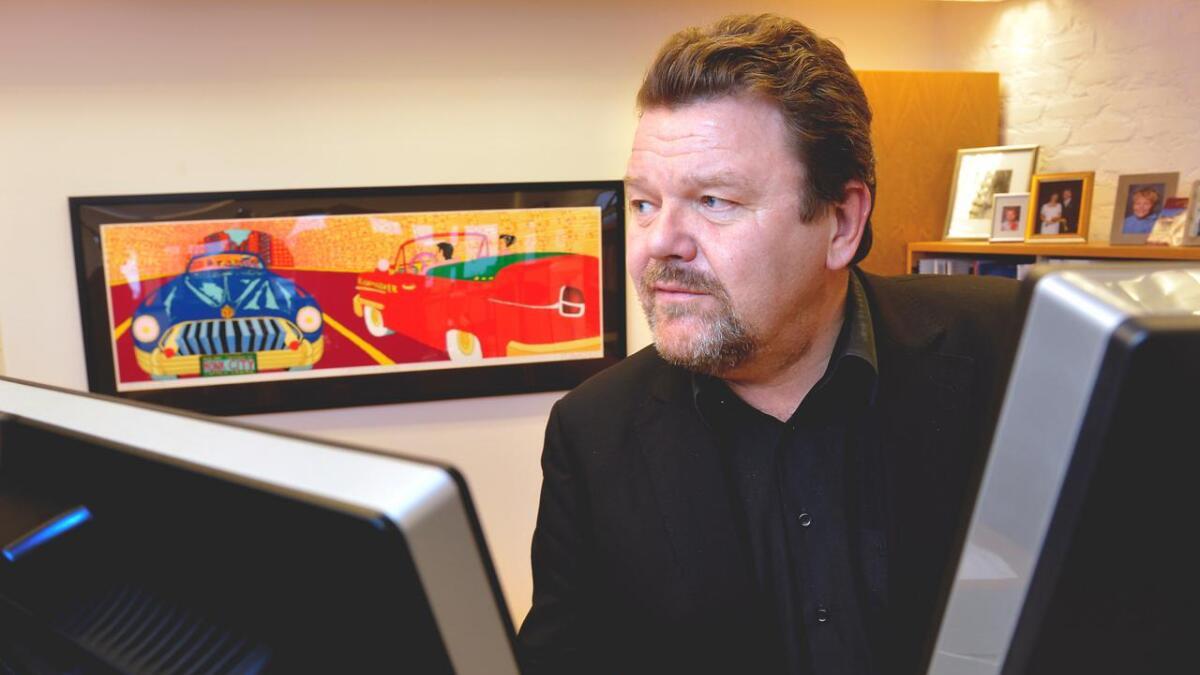 Fylkesmann i Aust-Agdere Øystein Djupedal legger onsdag frem mobberapporten for kunnskapsminister Torbjørn Røe Isaksen (H).   Øystein Djupedal