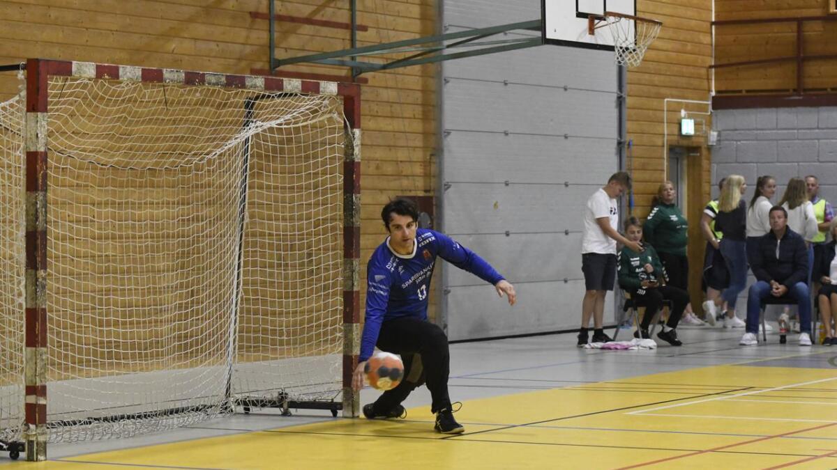 Adin Sehovic var tilbake i ØIF Arendal-målet for første gang siden 2013/2014-sesongen da det ble 25-25 mot Kristiansand Topphåndball i Hisøyhallen.