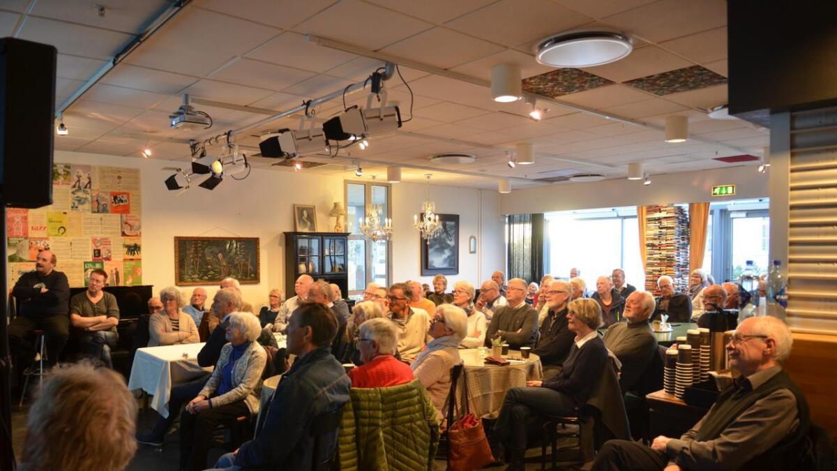 Folkemøtet arrangeres i Kulturkafeen i Nes kulturhus. Bildet er fra et tidligere arrangement.