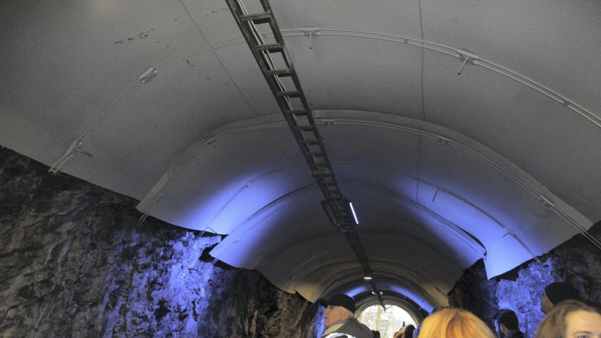 Undergangen på Klosterøya er nyoppusset, men problemet er å legge til rette så den blir brukt istedenfor at elevene krysser veien.