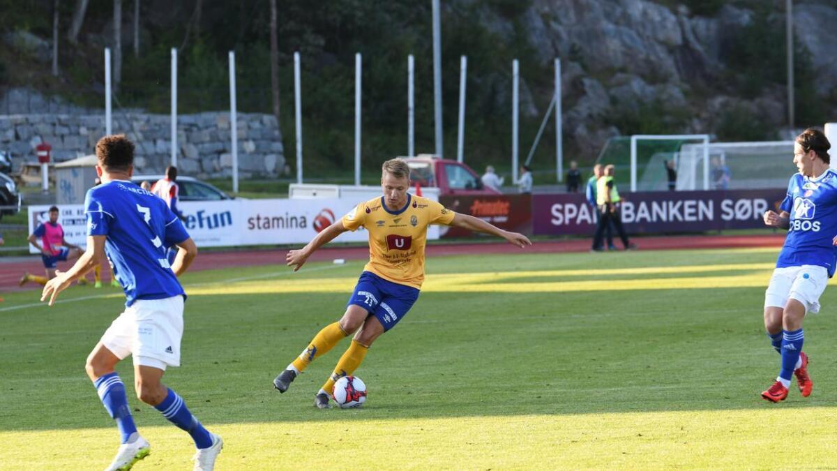 Jerv 2 har vunnet fire og tapt åtte av sine 12 bortekamper i 4. divisjon denne sesongen. Ole Marius Håbestad kunne ikke forhindre nytt tap mandag. Her er han i aksjon for Jervs A-lag mot KFUM Oslo i august.