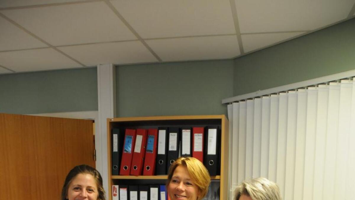 264 fleire enn enn ved førre val førehandsrøysta i Seljord kommune. Val-teamet er fornøgde. F.v Marit Rønning, beredskapshunden Martha, valansvarleg Bente Widenoja Sudbø og Elin Rebekka Groven.