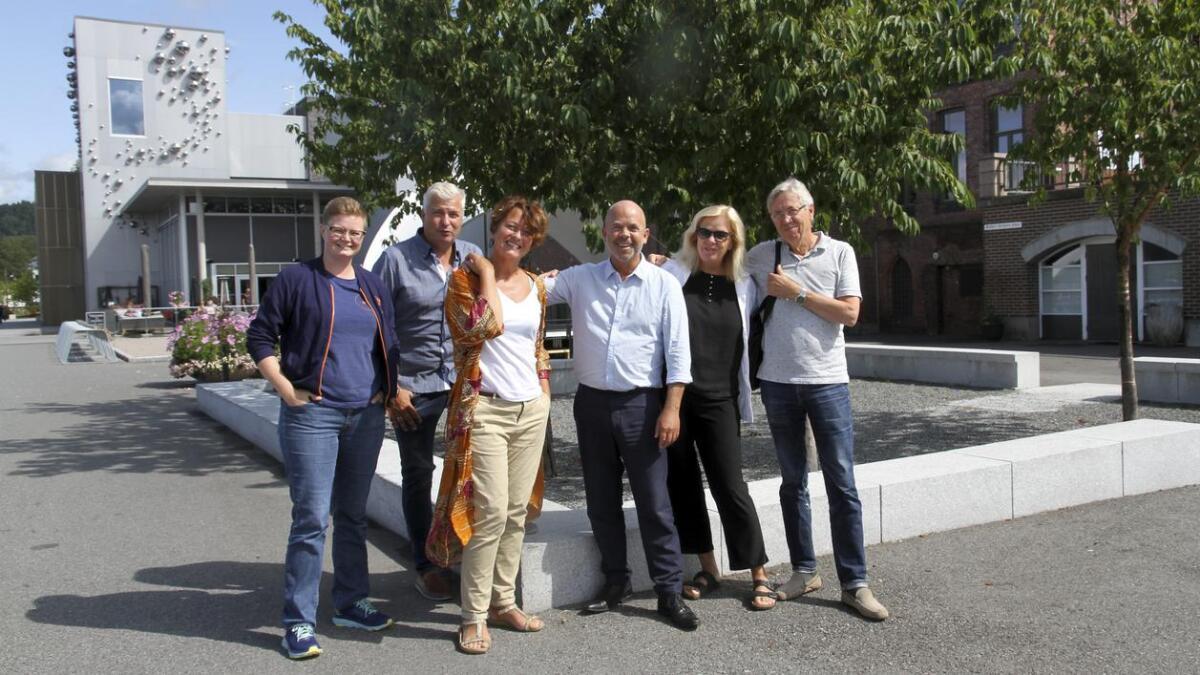 Lene Lauritzen, Per Erik Buchanan Andersen, Astrid Borchgrevink Lund, Frode Halvorsen, Ingrid Elisabeth Kåss og Erik Jensen.