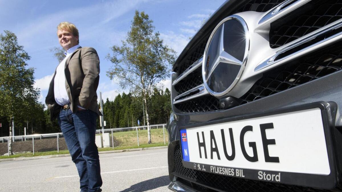 Andreas Hauge er den første på Stord med personleg bilskilt.