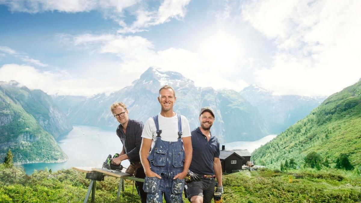Halvor Bakke og hans snekkerteam har reist Norge rundt på jakt etter oppussingsprosjekter. I kveld er de i Lillesand.