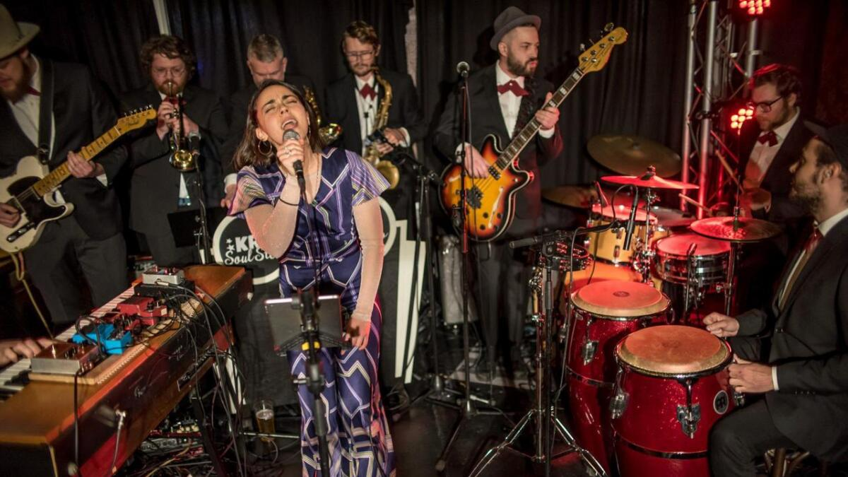 Vokalist Klara Høeg får med seg Jørund Flaa på scenen når New Orleans inntar Lillesand neste fredag. PRESSEFOTO