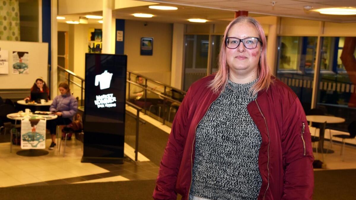 Kamilla Fossem er blant de som samler til demonstrasjon for de videregående skolene lørdag.