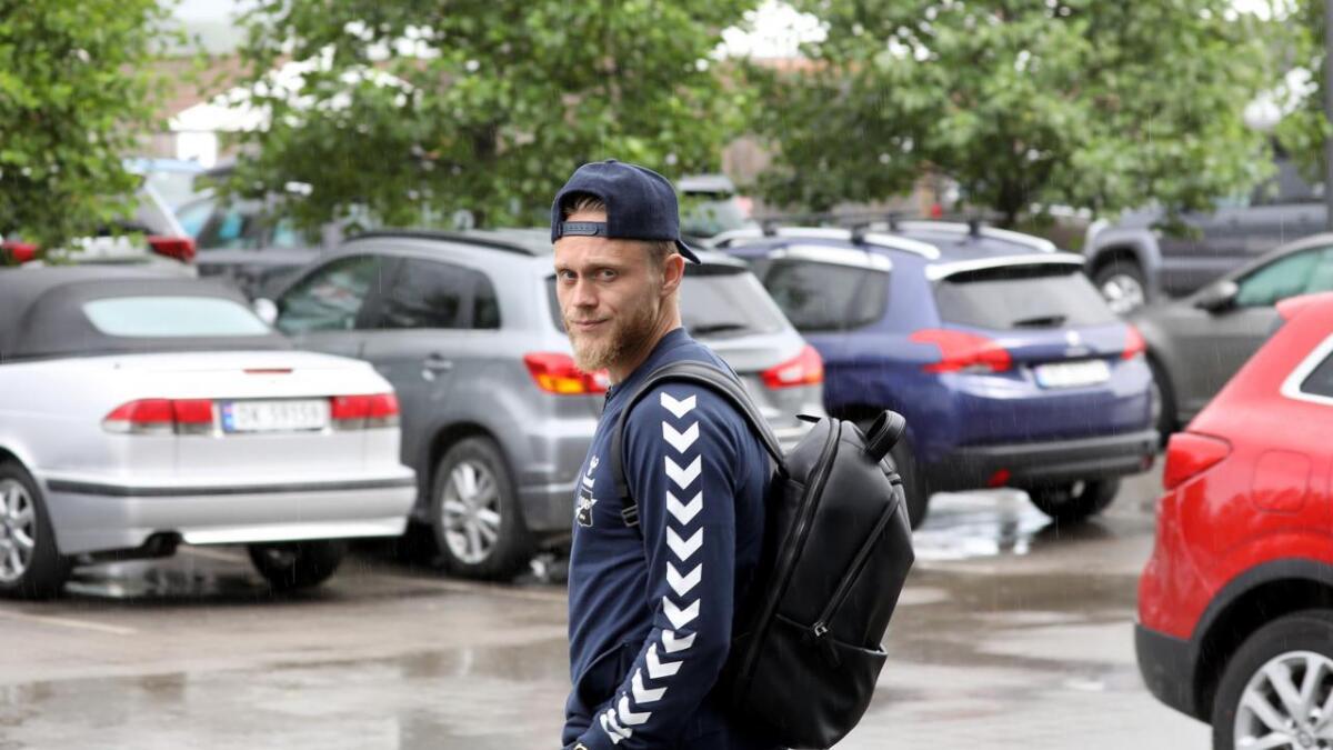Fredrik Nordkvelle er i dialog med Odd om ny kontrakt. Lørdag spiller han høyreback mot Rosenborg.