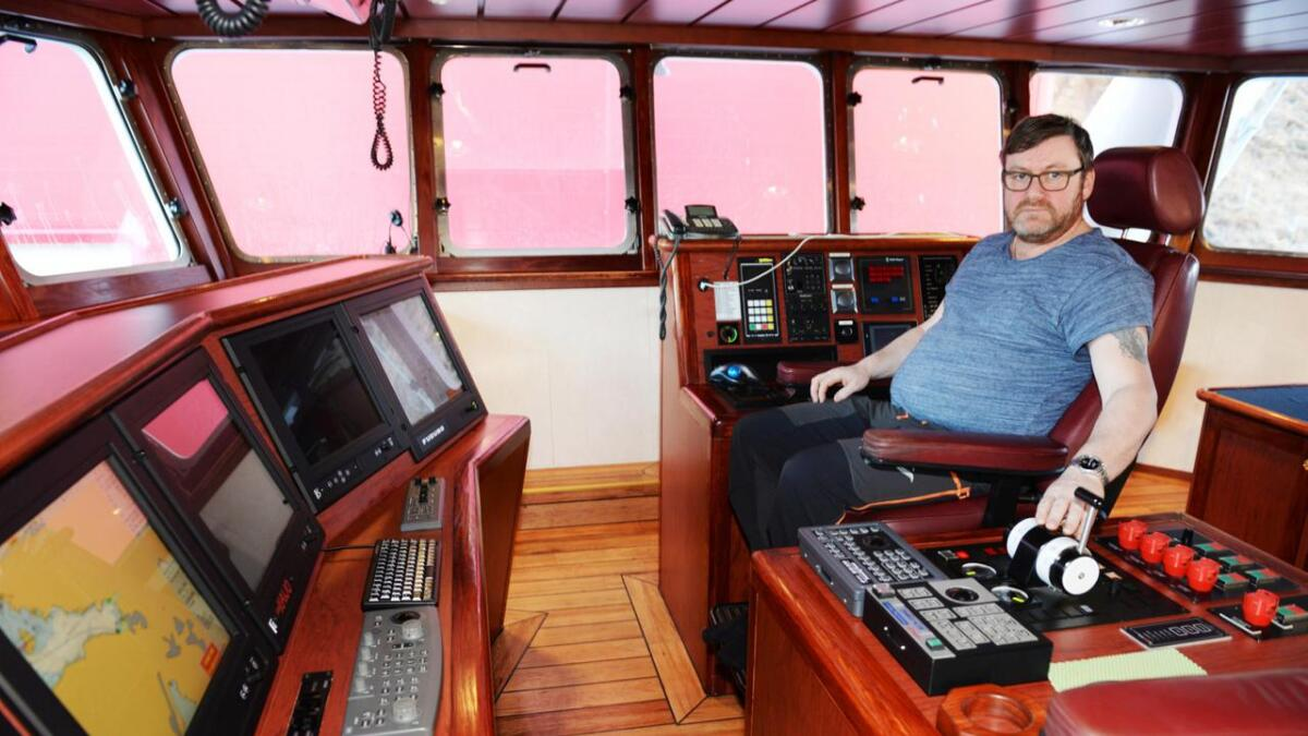 – Utsikten fra brua er helt fantastisk i forhold til gammelbåten, sier Harald Pedersen.