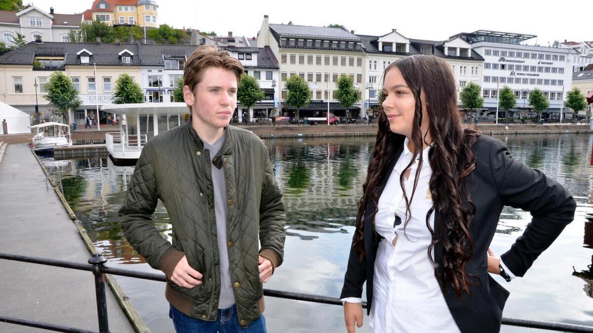 Mikkel Nesse og Nora-Victoria Søby-Arnesen i Ungdommens bystyre.