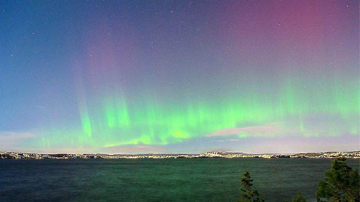 Dette bildet ble tatt av Morten Ross over Sandbukta sør for Oslo klokken 02.23 natt til lørdag.