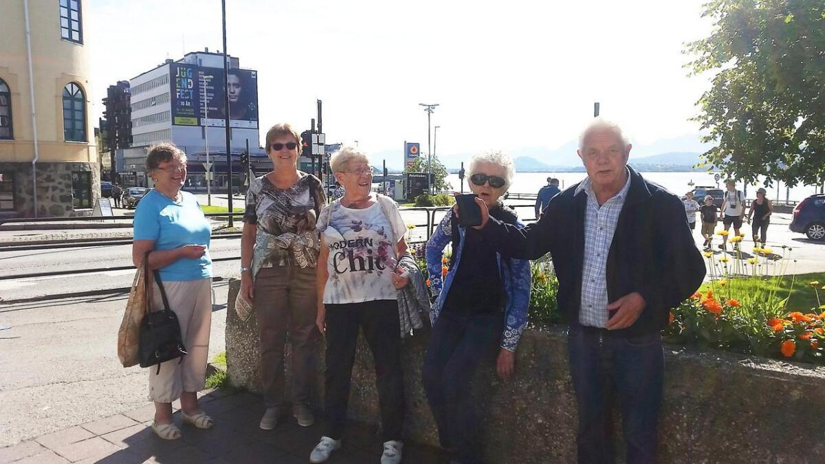 Frivilligsentralen hadde en kjekk tur til Ålesund.