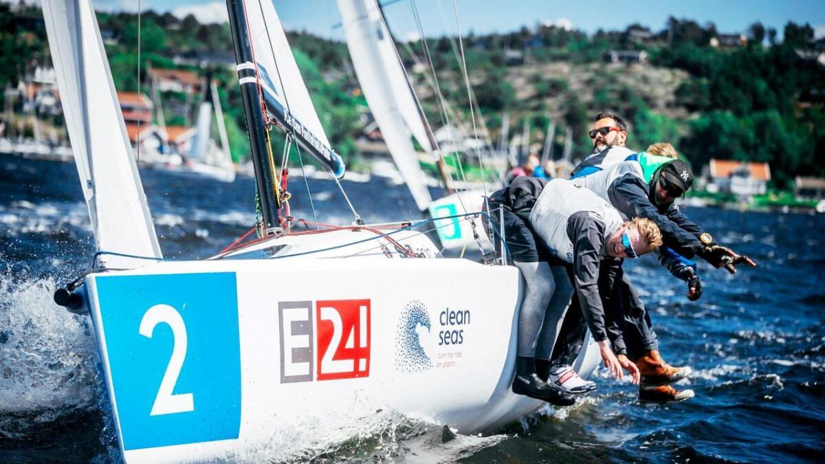 Grimstad-seilerne har levert gode prestasjoner gjennom hele sesongen. Her ser vi dem i aksjon litt tidligere i år.