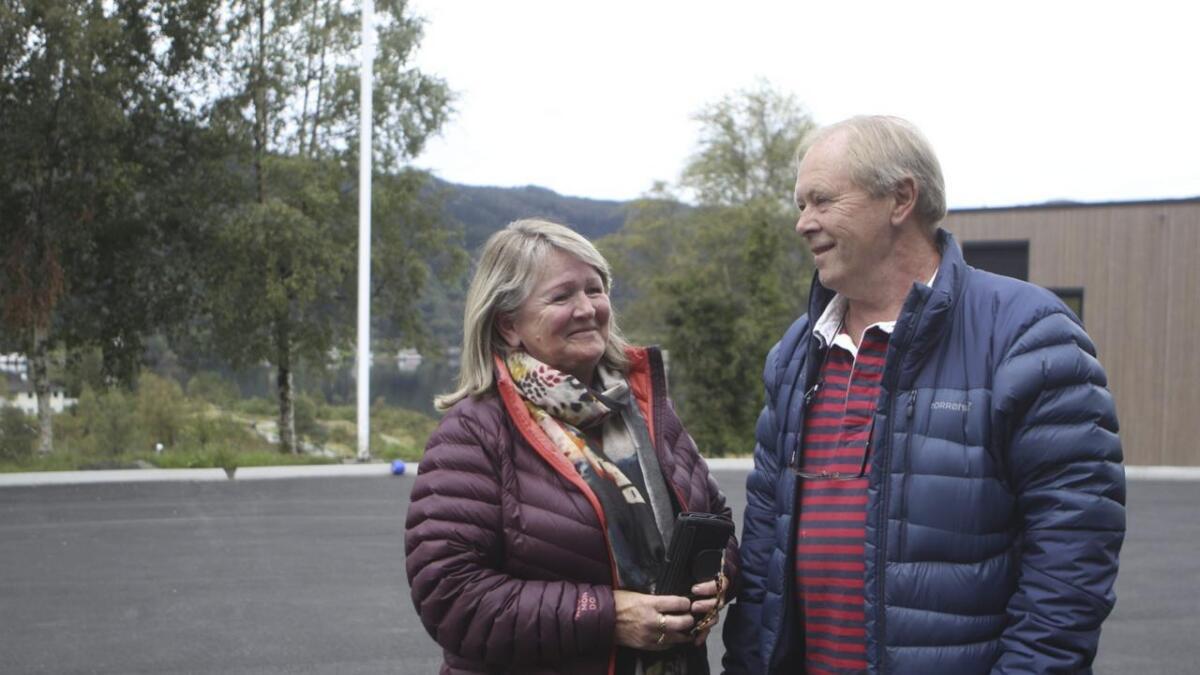 Valdeltakinga i Bjørnafjorden generelt og Fusa spesielt, var høg. Me møtte Eva Valestrand Opheim og ektemannen Oddvar Opheim som stoppa for å røysta på veg til hytta på Hamlagrø.