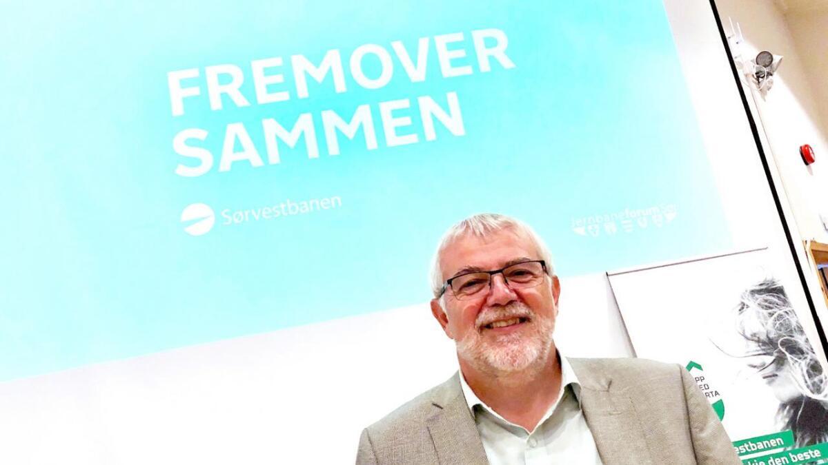– Nå er den nye jernbanestrekningen i ferd med å bli et folkekrav, sier leder av Jernbaneforum Sør, Jon-Olav Strand.
