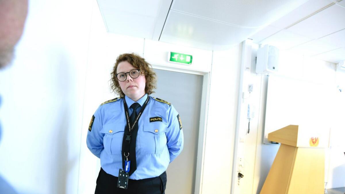Påtaleleder Guro Siljan får ikke tilsette i ledige juriststillinger, fordi politidistriktet skal spare. Straffesakene hoper seg opp igjen Telemark.