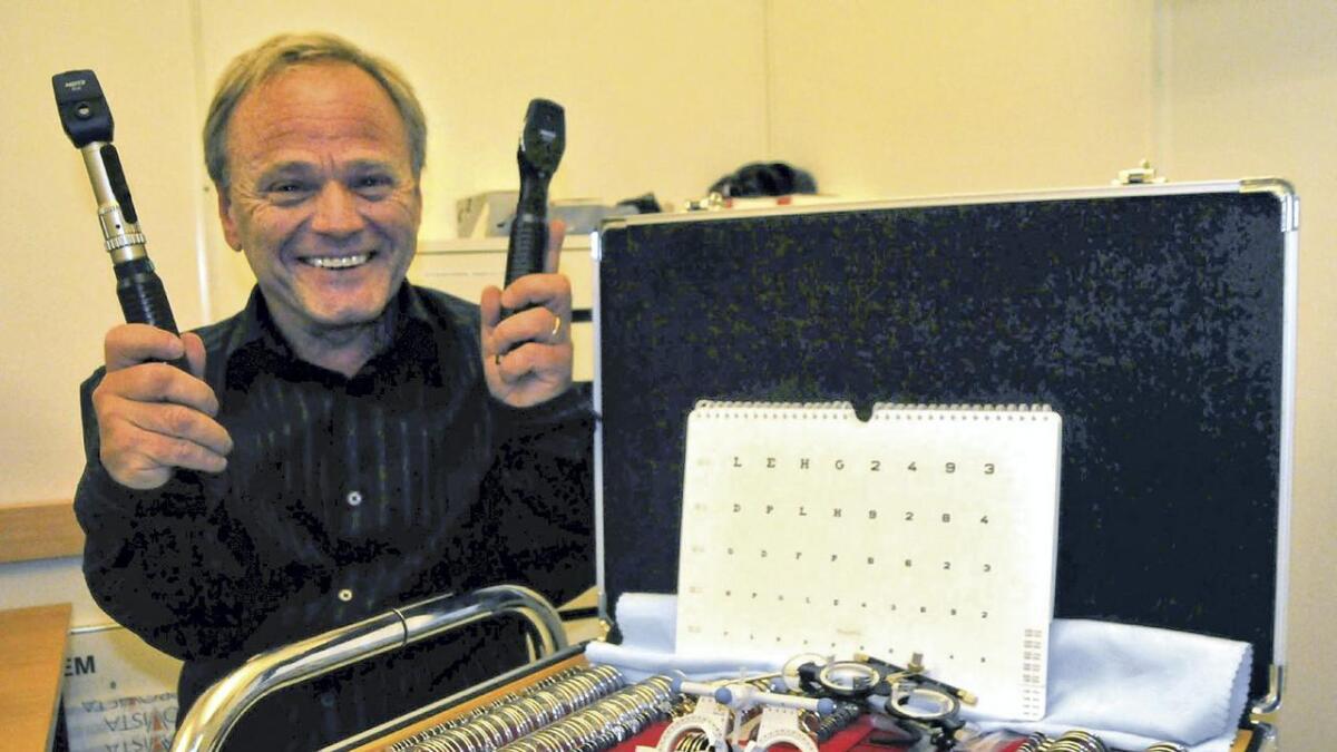 Osingen Hans Bjørn Bakketeig er per dags dato den einaste optikaren i Moldova, men om fire år skal det bli fleire.