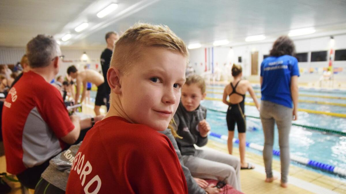 Leo Pettersen (12) var blant Kvæfjord-svømmerne som deltok i stevnet på Andenes.