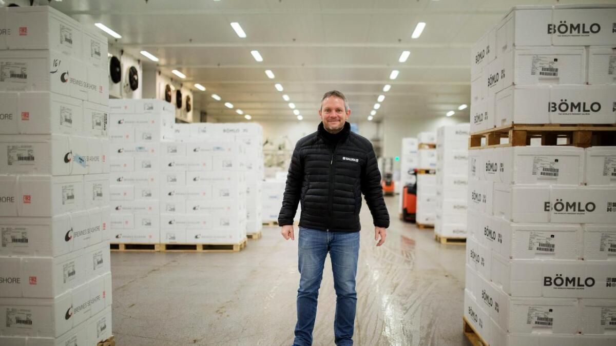 Utviklingssjef Simon Nesse Økland i Bremnes Seashore ber kundar om å kasta Salma-produkt kjøpt frå måndag denne veka.