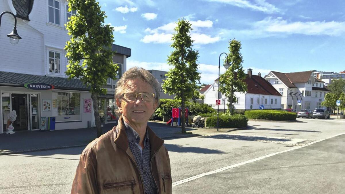 Sjølv om Steinar Hystad nærmar seg pensjonsalderen, har han framleis stor glede av å formidla saker til innbyggjarane i Stord kommune.