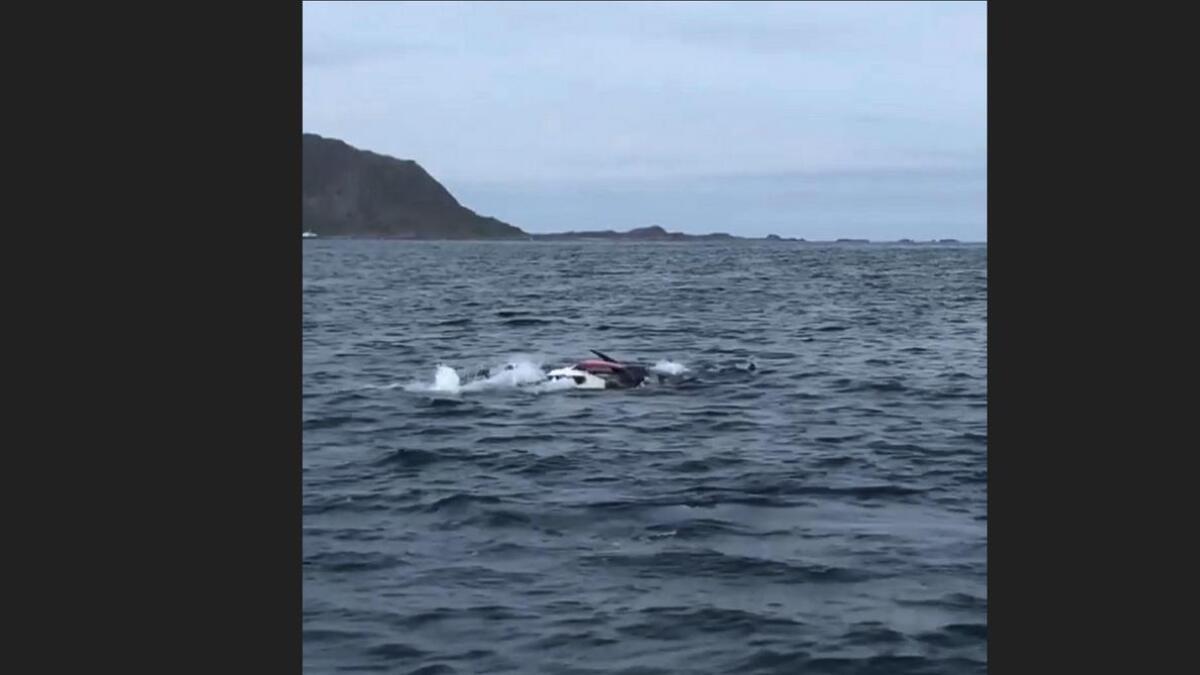 Dette synet dukket opp foran Ida Marie Jensen og de andre i båten.