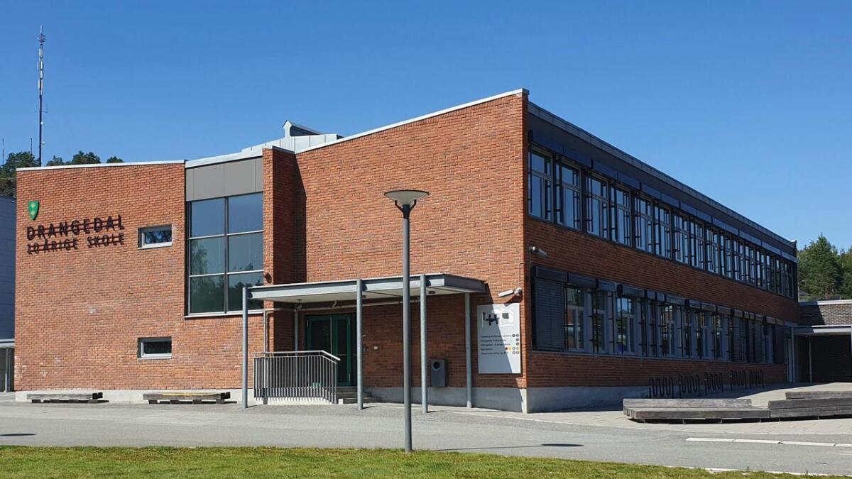 Drangedal 10-årige skole.