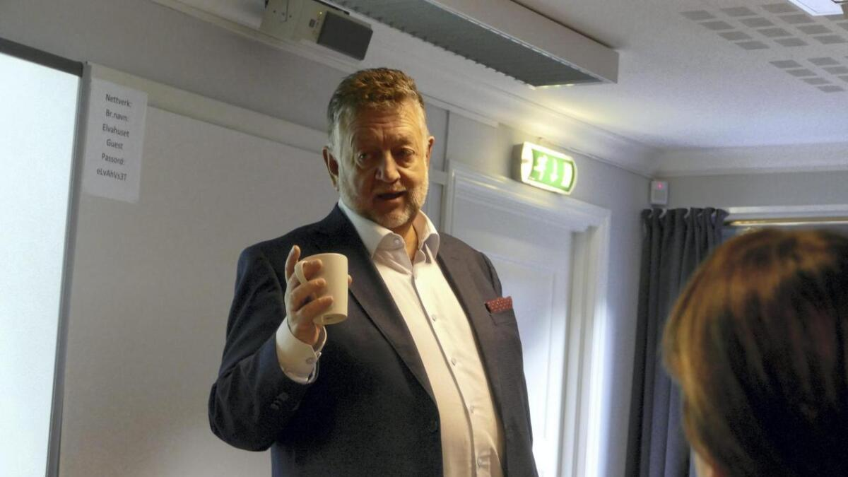 – Det er vanskeleg å budsjettera helse og omsorg, seier Vaksdal-rådmann Atle Fasteland.