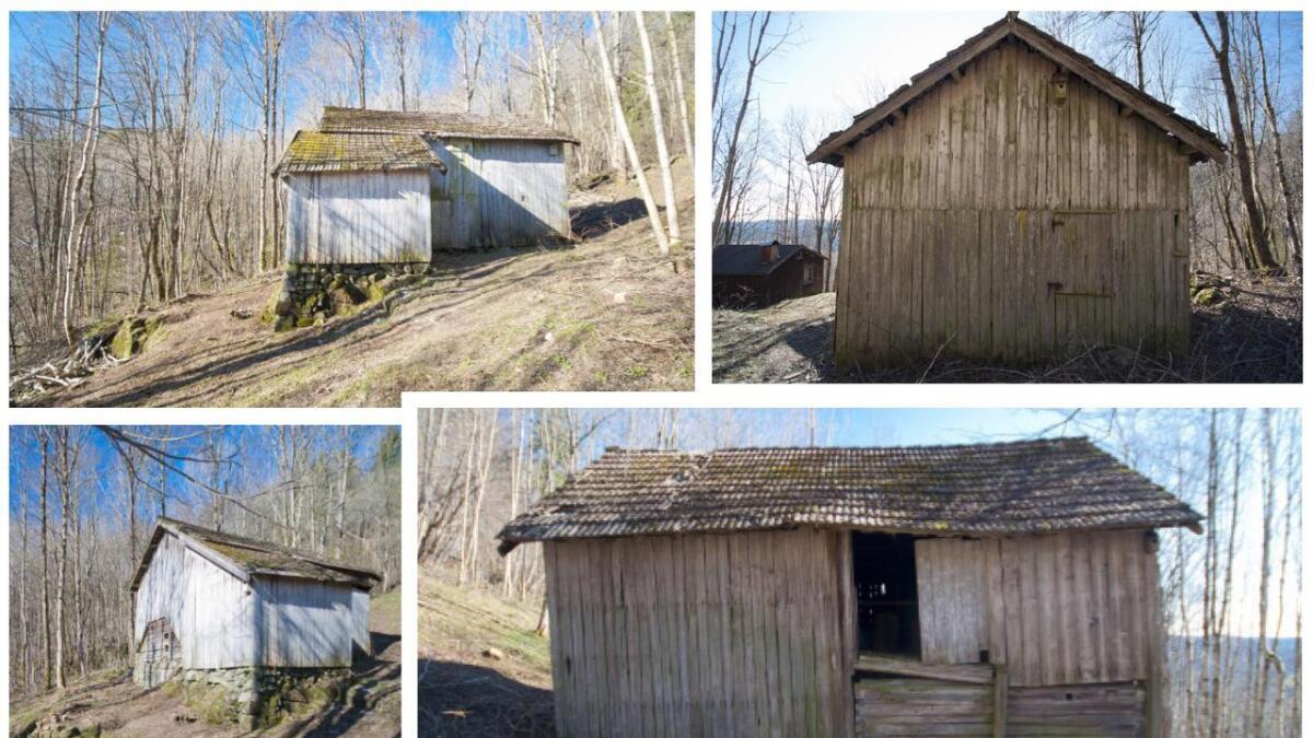 Uthuset på husmannsplassen Lia i Gjerstad er antakelig fra slutten av 1800-tallet, og får 150.000 til utskifting av tak, oppretting av konstruksjon og utbedring av råteskader.