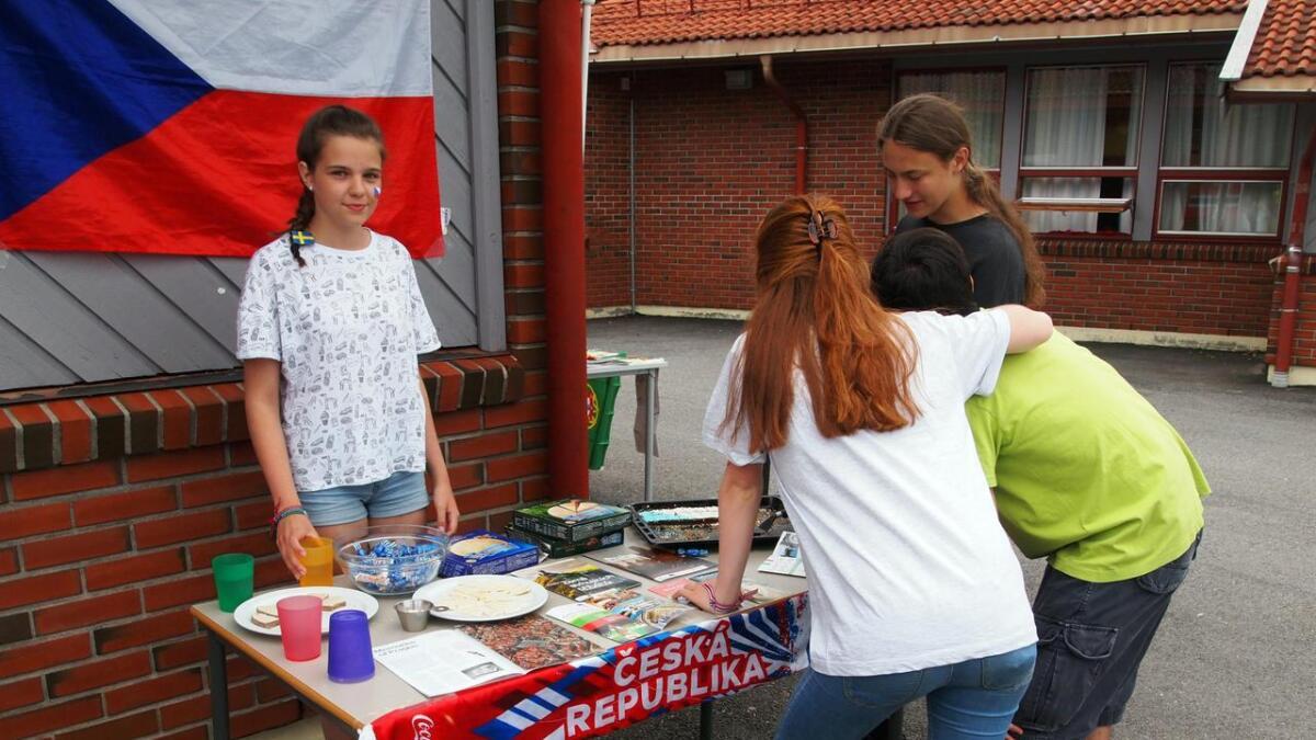 Katerina fra Tsjekkia hadde med seg smaksprøver på noen av hjemlandets spesialiteter.