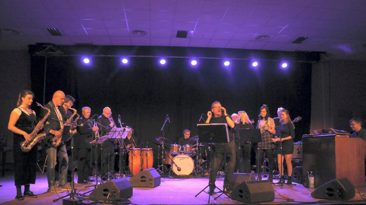 – Me vågar å hevda at dei aldri har vore betre, sa Lars Mossefinn etter Uttrågata blueslag sin konsert på jazzklubbjubileet i fjor.