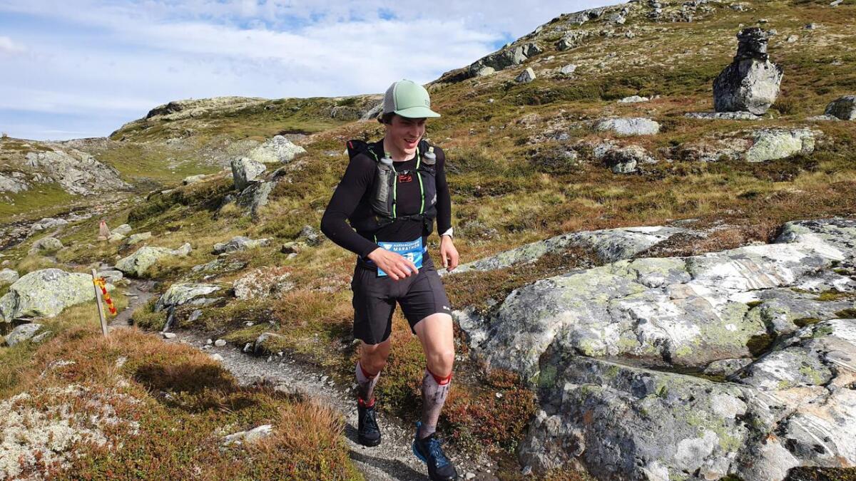 Øystein Røen undervegs på Hardangervidda Marathon.