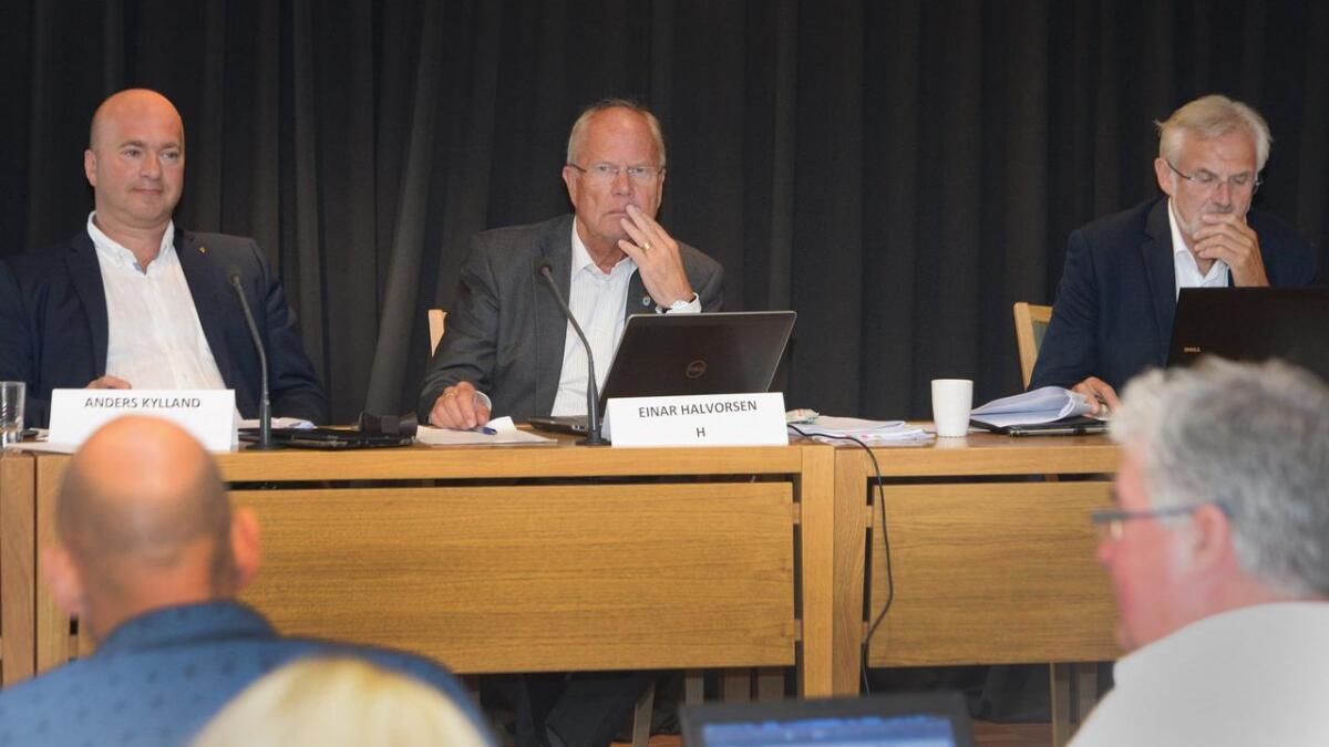 Ordfører Einar Halvorsen (H) tror det var til alles beste at barnehagen nå ble lagt ned og barna flyttet.