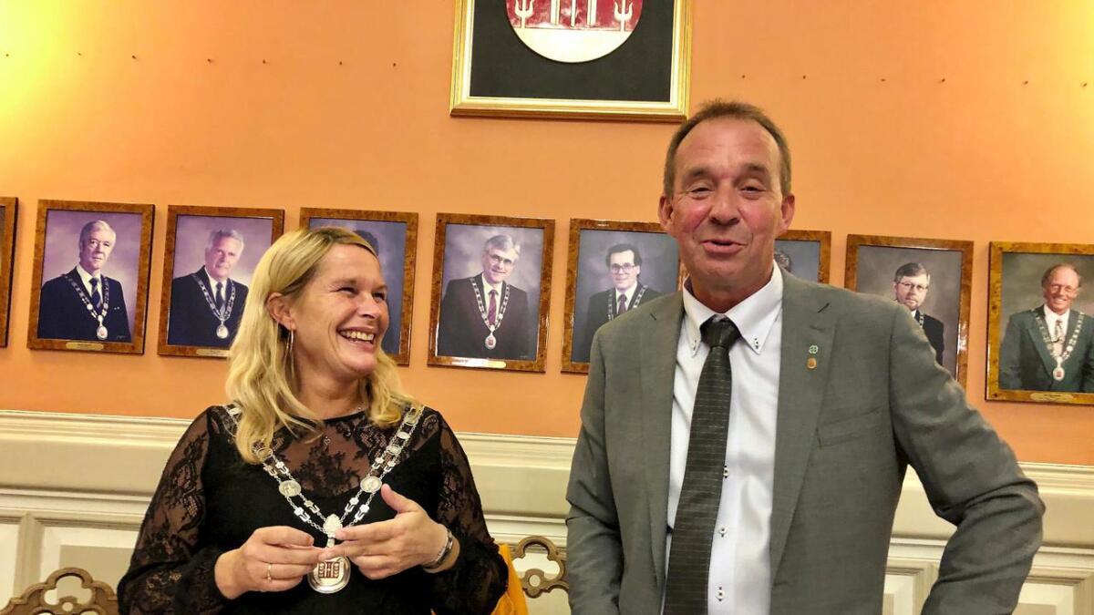 Skiens ordfører Hedda Foss Five (Ap) skal straks ut i fødselspermisjon. Varaordfører Trond Ballestad (Sp) tar snart over.
