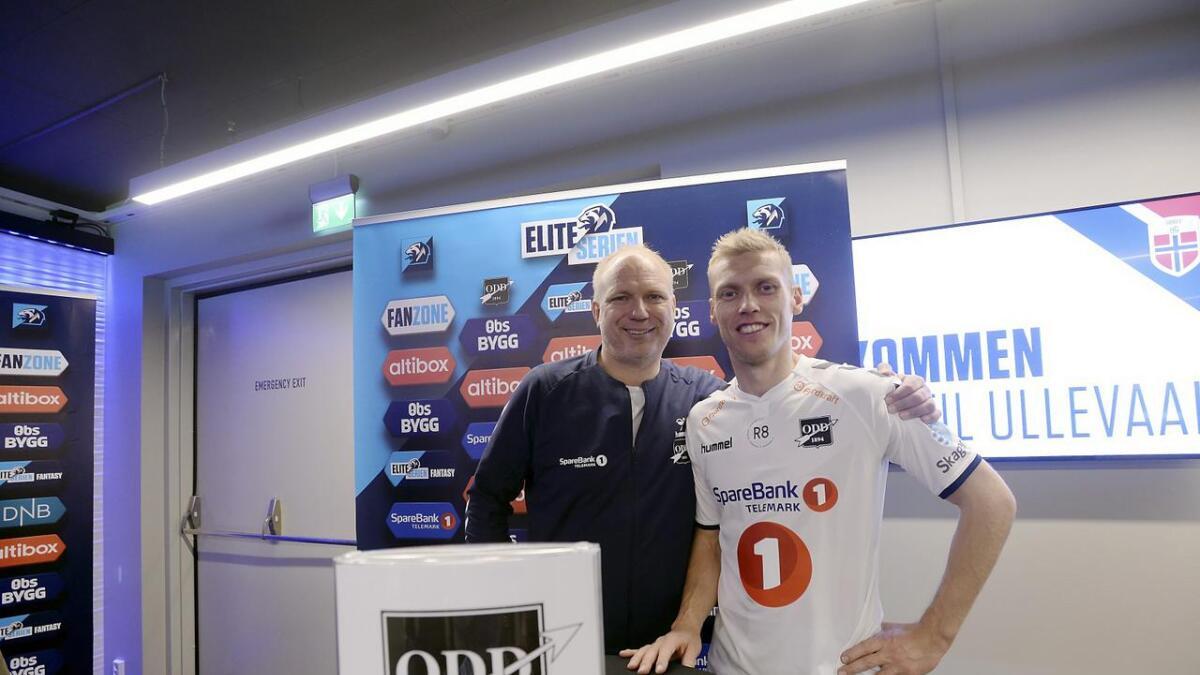 Dag-Eilev Fagermo mener Odd-kaptein Steffen Hagen er bedre enn noensinne. Her er duoen avbildet under pressetreffet for Eliteserien på Ullevaal stadion før sesongstart.