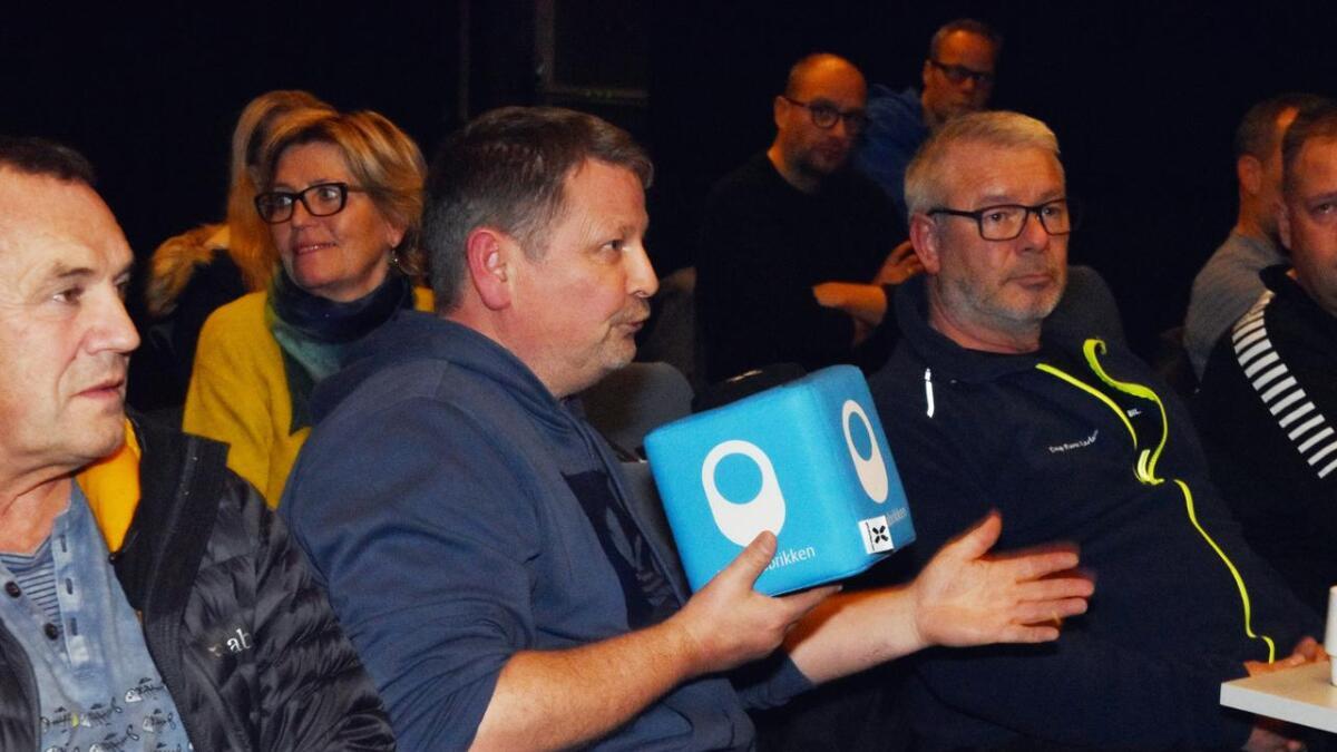 Svein Robert Vestå tok mikrofonen flere ganger.