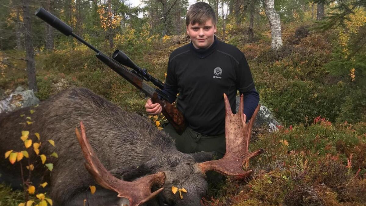 Elgoksen Ynnesdal skaut i samband med jakt i Sverige
