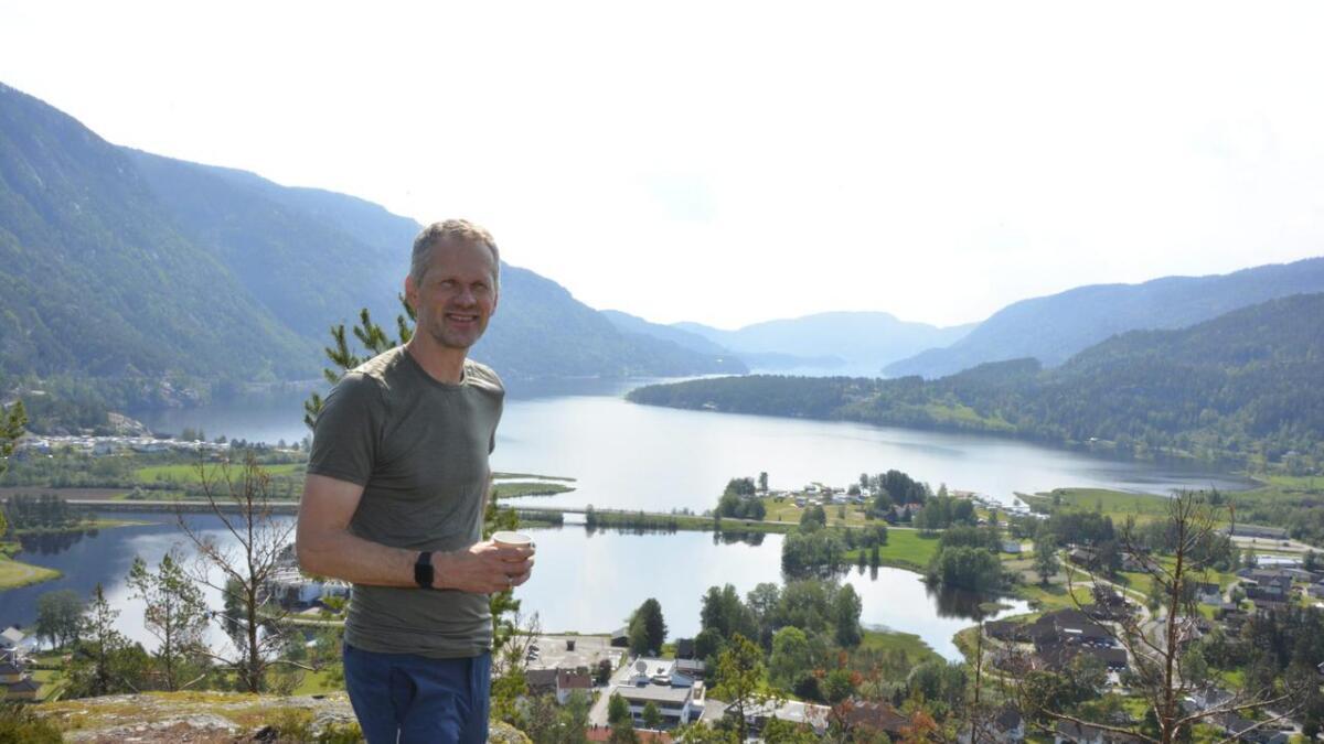 Hans Inge Hagen er engasjert i Seljord turlag og vil ha folk ut på tur. Han har laga appen «Fintur» for at andre skal kome seg ut på lokale stiar. Alle