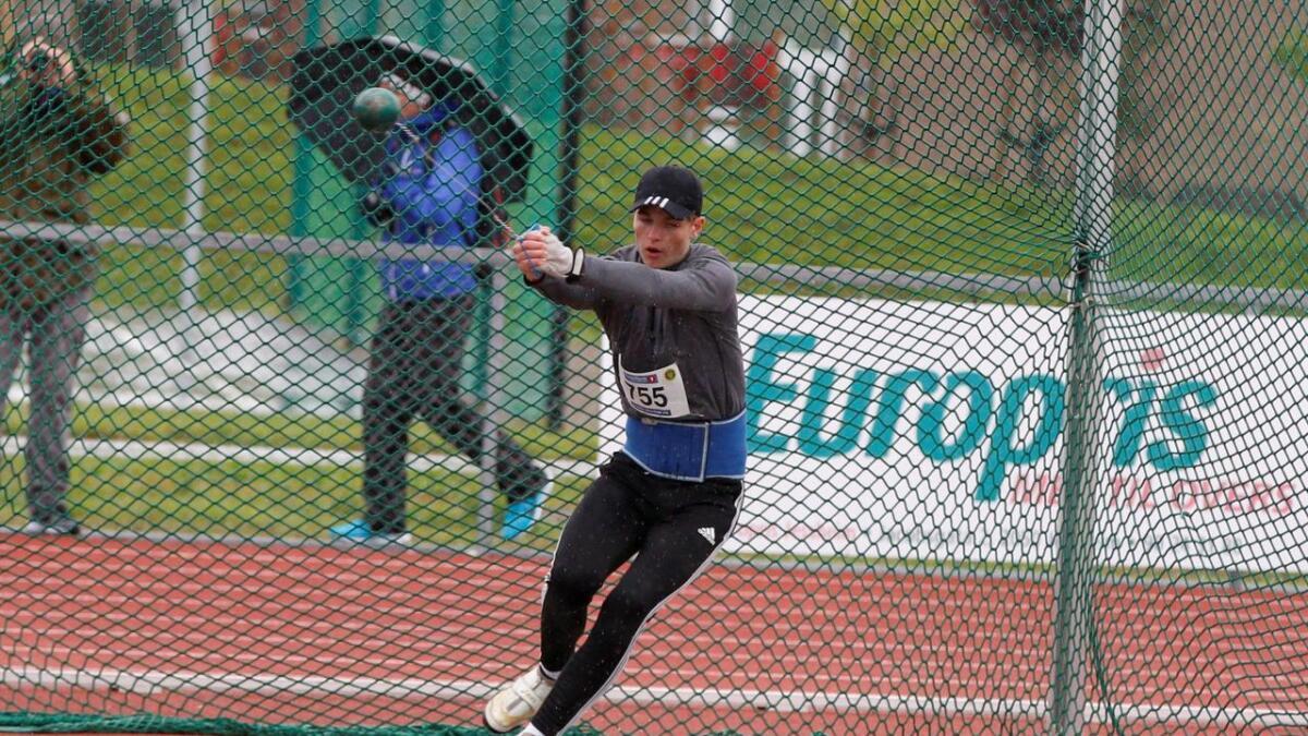 Troy Brandseth Norbakk blei nummer to i sleggje under UM på Jessheim i helga.