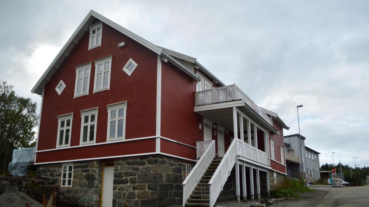 – Dette huset er et smykke for Stokmarknes. Det er derfor vi har tatt vare på det, sier Ann Katrin Grimstad.