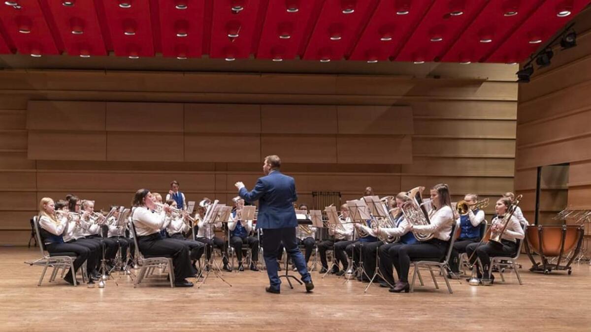 Eikelandsosen skulemusikklag gjorde - i lag med Damsgård skoles musikkorps - ein flott innsats på Hordablæsten og sikra seg 3. plassen i 2. divisjon brass.