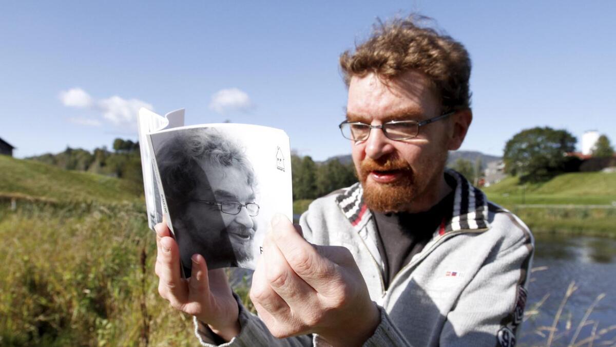 Magnus Lieungh (44) har skrevet mange dikt som har stått på trykk i ukeavisa Bø Blad. Kommende lørdag lanserer Lieungh sin debutdiktbok.